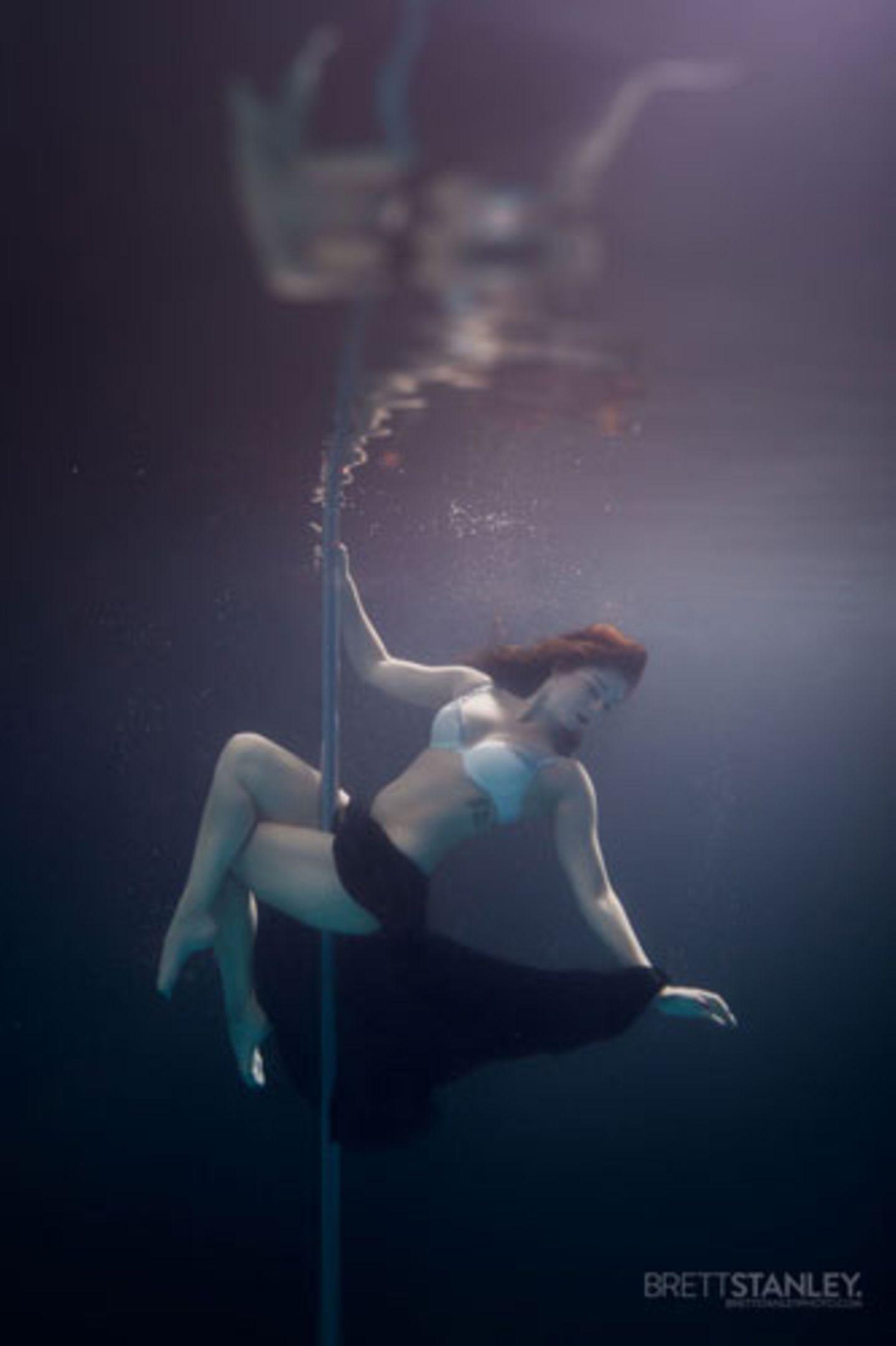 Beim Pole Dance lernt man, sich mit seinem Körper auszudrücken.