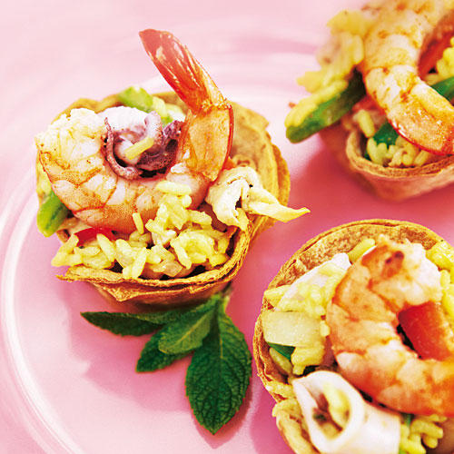 Paella-Salat als Fingerfood
