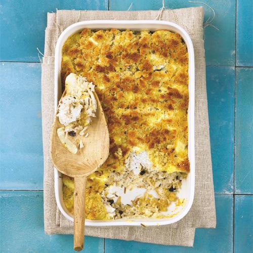 Der ist innen herrlich saftig und oben knusprig! Fisch, Fenchel, Reis und Korinthen stecken unter einer Semmelbrösel-Kruste. Zum Rezept: Fenchel-Fisch-Auflauf mit Reis