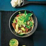 Von Ingwer über Kokosmilch bis Zitronengras und Thai-Basilikum: Die exotischen Zutaten geben dem Fleisch einen in jeder Hinsicht frischen Twist.  Zum Rezept: Asia-Wild