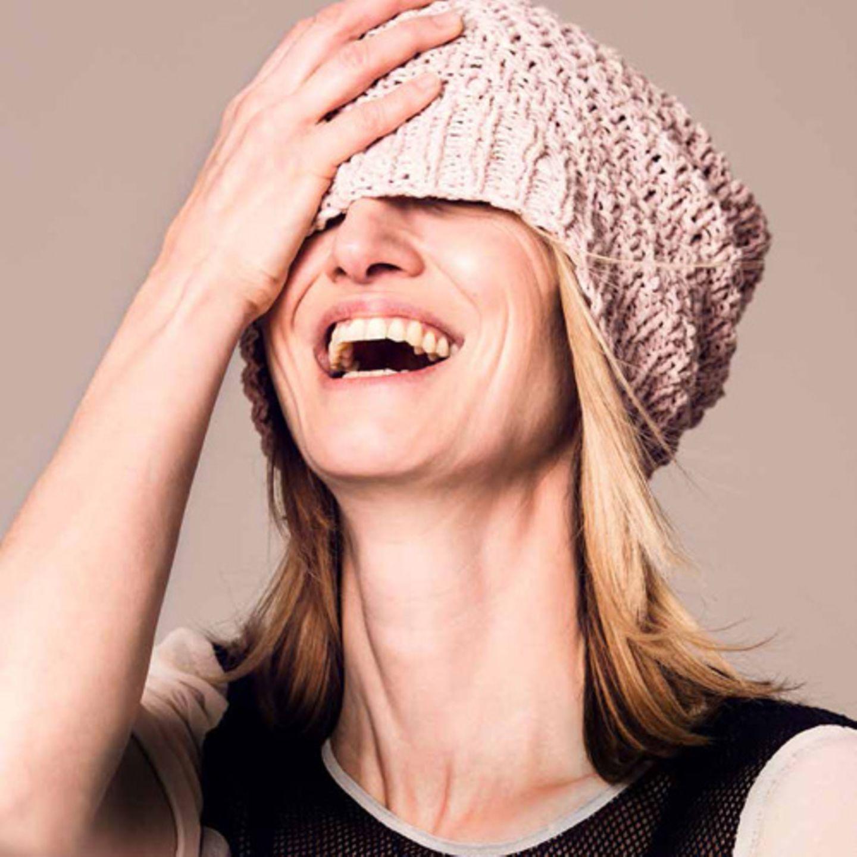 Beanie heißt Bohne und ist die Mütze der Saison. Wolle von Lana Grossa, Hier könnt ihr das Wollpaket für die Sommermütze-Beanie bestellen für 11,90 Euro.