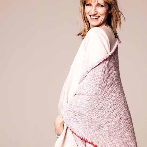 Kaschmirtuch Dreieckig gestrickt mit Häkelkante, 70 x 200 cm. Wolle von Lang Yarns,Hier könnt ihr das Wollpaket für das Sommer-Dreiecks-Tuch bestellen für 135,00 Euro.