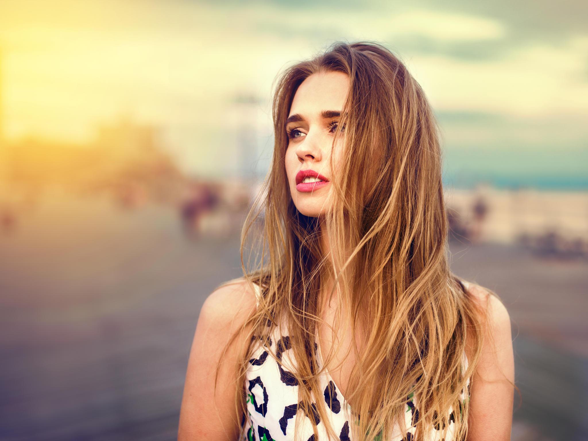 Der Haarschnitt: Großzügiger Stufenschnitt