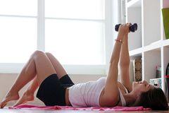 Die besten Fitness-DVDs für zu Hause