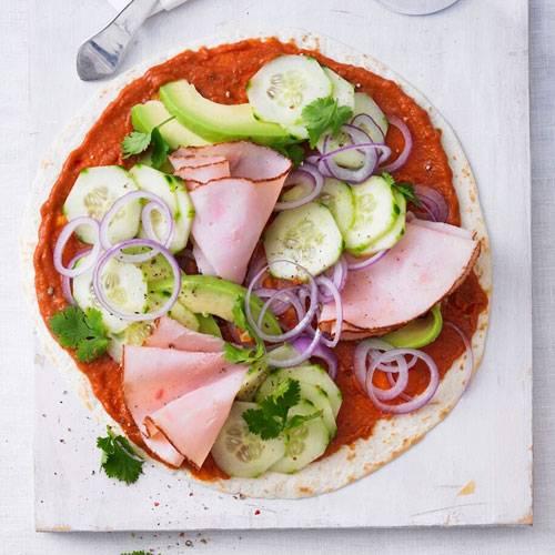 https://www.brigitte.de/rezepte/rezepte/tex-mex-pizza-mit-huhn