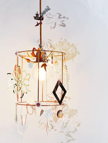 bastelideen eine lampe selber machen so geht 39 s. Black Bedroom Furniture Sets. Home Design Ideas
