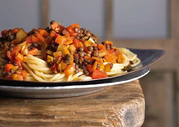 Die vegane Bolo könnt ihr auch einfrieren! Zum Rezept: Spaghetti mit Linsenbolognese