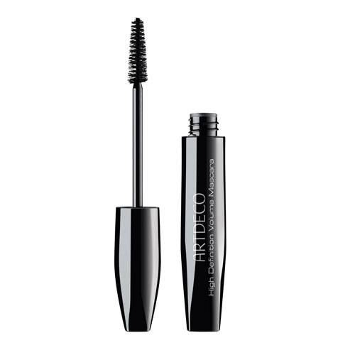 "Lifestyle-Reporterin, Stefanie Höfle testet ""High Definition Volume Mascara"" von Artdeco"
