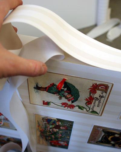 14.) Außenrand des Kastens mit doppelseitigem Klebeband bekleben und ebenfalls mit Papier/Tapete beziehen.