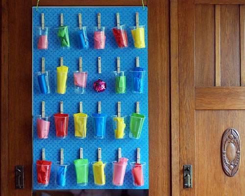 Adventskalender mit Wäscheklammern