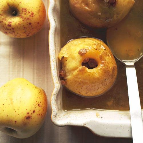 Bratäpfel mit Gewürztraminersoße