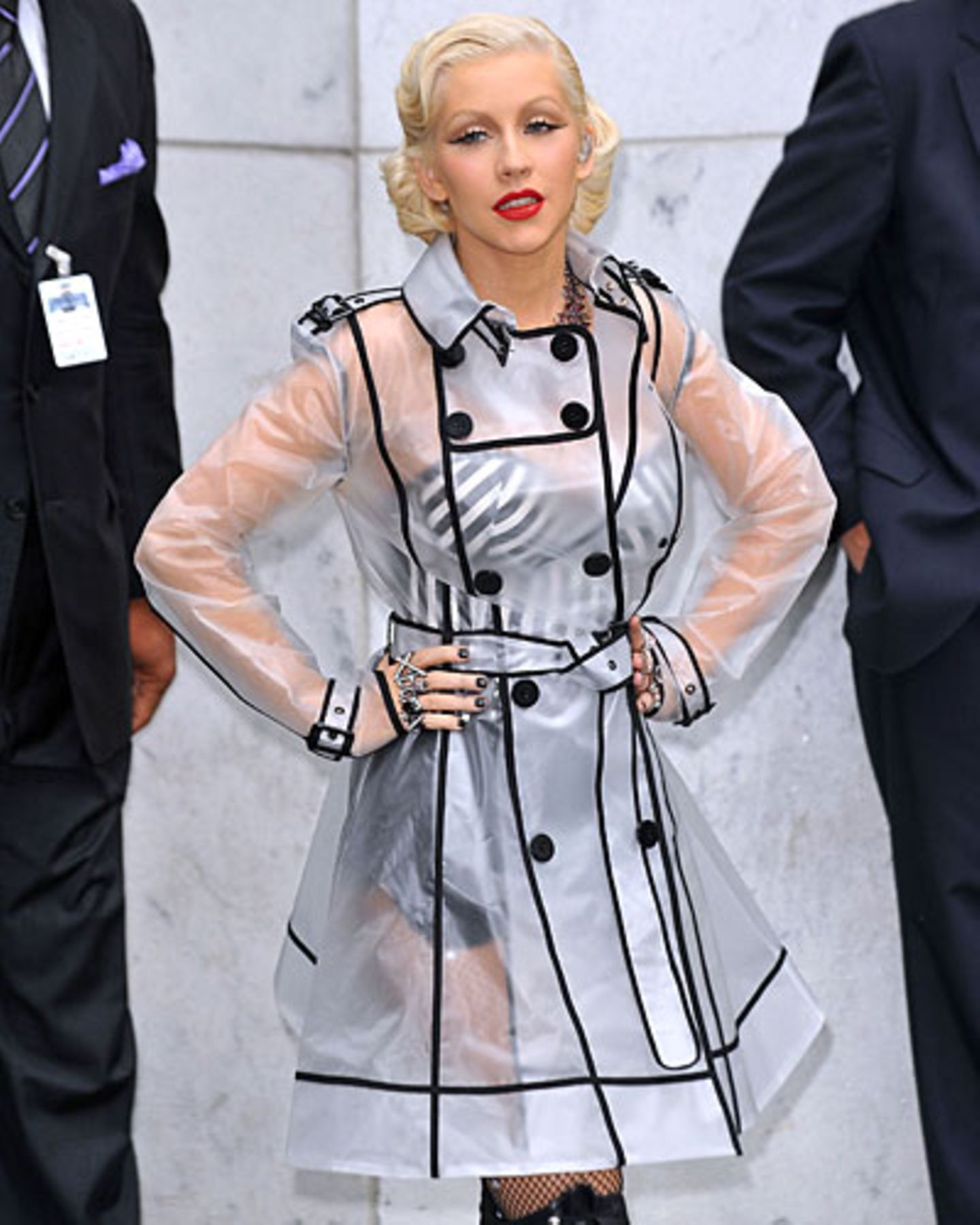 Promi-Looks: Christina Aguilera posiert