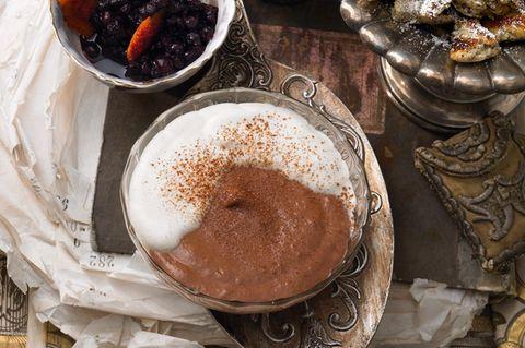 Mousse-Rezepte: Schoko-Mousse mit Zimtsahne