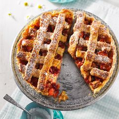 Apfel-Crostata mit Preiselbeeren