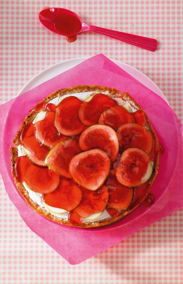 ... toppen die vegane Mini-Torte. Zum Rezept: Feigen-Cranberry-Torte