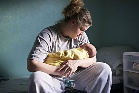 Auch im Gefängnis kommen Babys zur Welt …