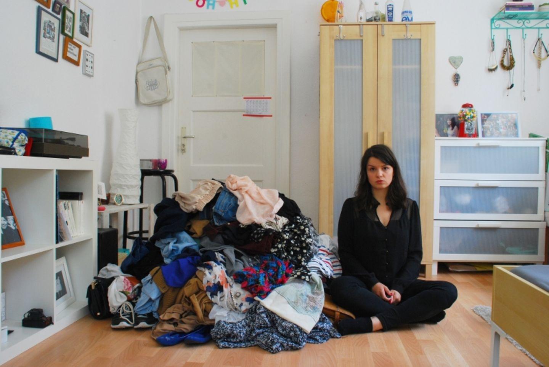 Maria, 26, Trainee