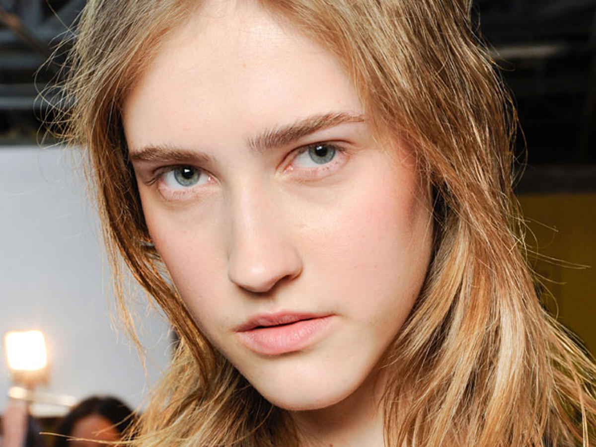 Frisuren für ein langes Gesicht