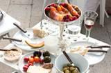 Auch auf dem kleinsten Tisch ist Platz für großartige Speisen.