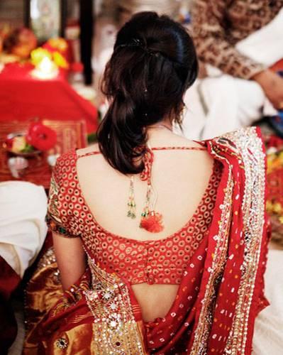 Traumhochzeit: Adi in ihrem traditionellen, indischen Verlobungsgewand. Mehr bei BRIGITTE.de: Bilder einer eleganten Hochzeit Bilder einer romantischen Hochzeit in Florida Das große BRIGITTE-Hochzeits-Special