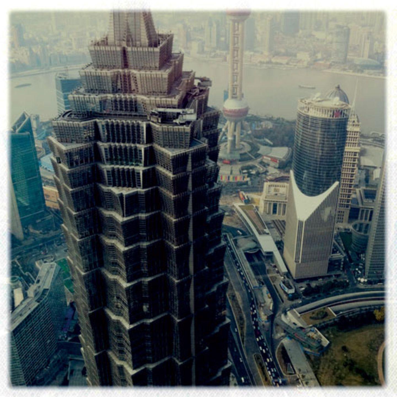 """Buildings"" von Michael Christopher Brown"