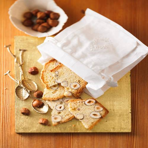 Für die italienischen Momente im Advent: eine hauchzarte Cantuccini-Variante, zweimal gebacken, einmalig gut. Zum Rezept: Teekuchen mit Anis