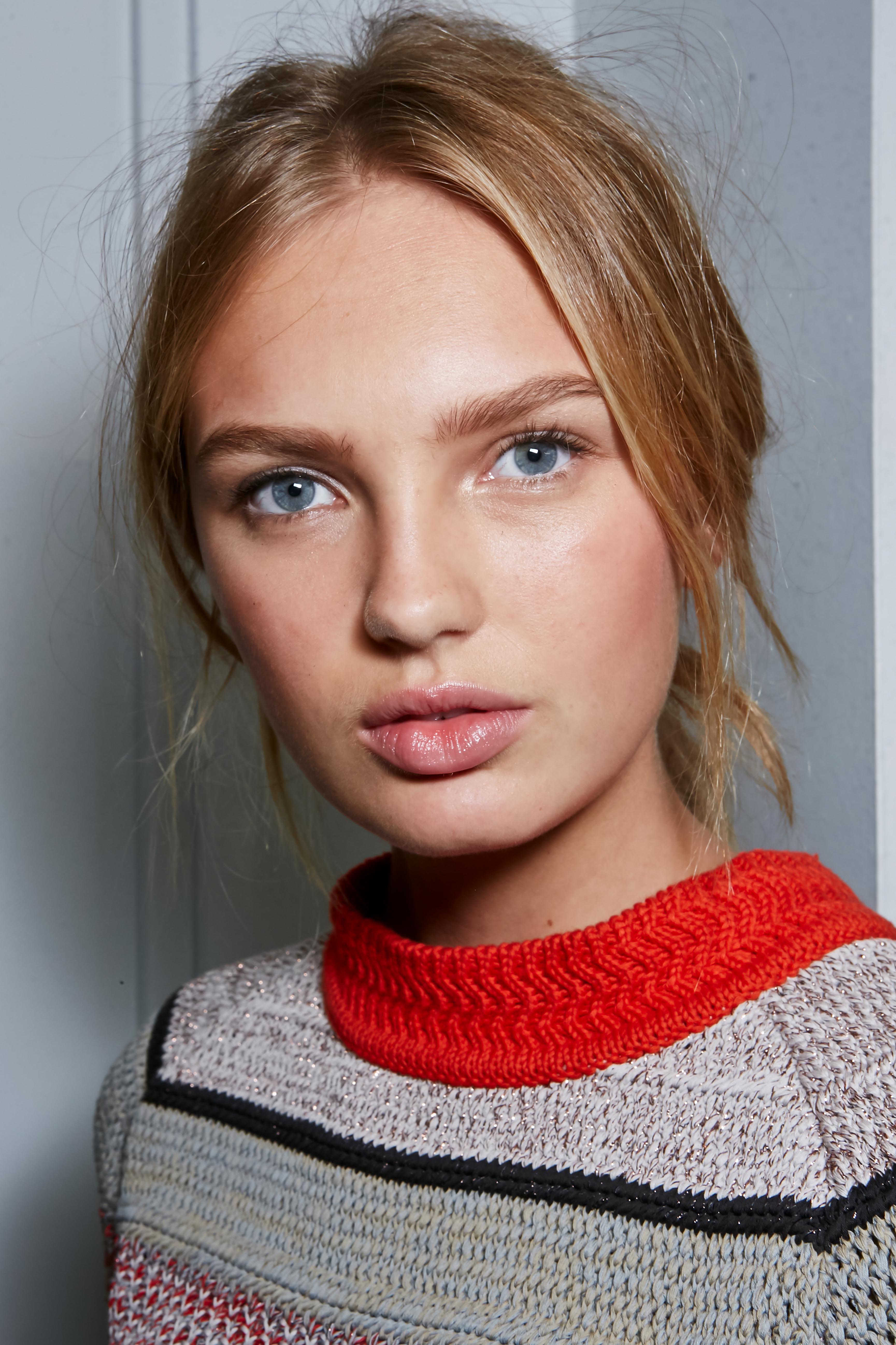 Herbst-Make-up-Trend: Nude Look bei Bottega Veneta