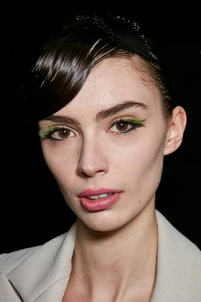 Herbst-Make-up-Trend: Bunte Wimpern bei Emporio Armani