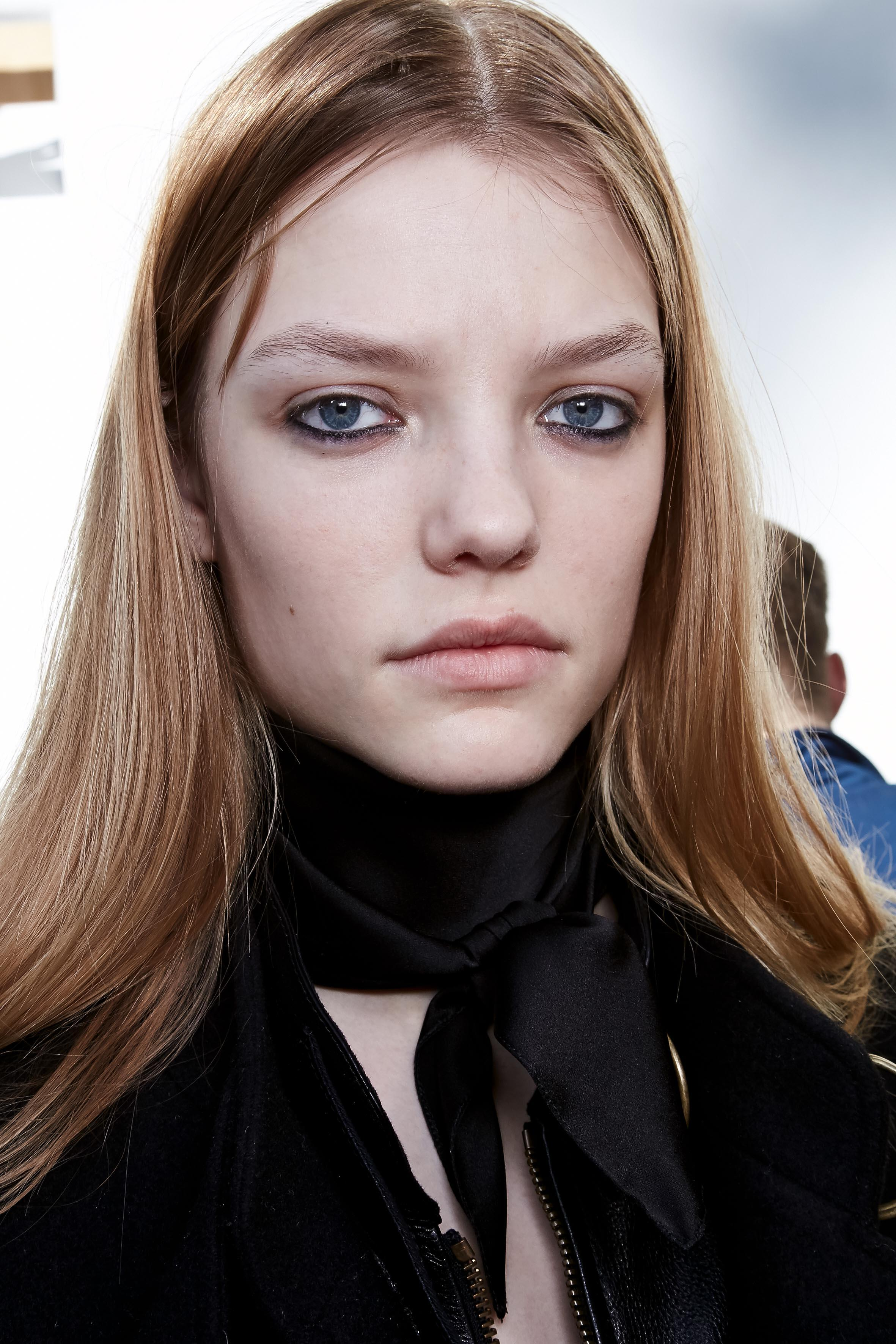 Herbst-Make-up-Trend: Nude Look bei Chloé