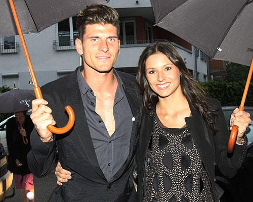 Spieler und ihre Frauen: Mario Gomez und Silvia Meichel