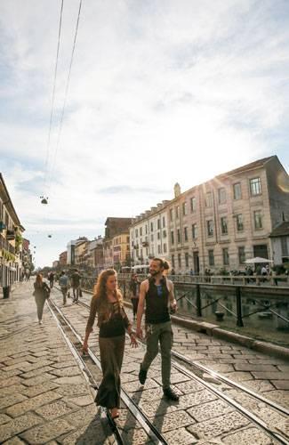 1) Mailand