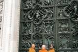 Den Mailänder Dom wollen auch buddhistische Mönche sehen.