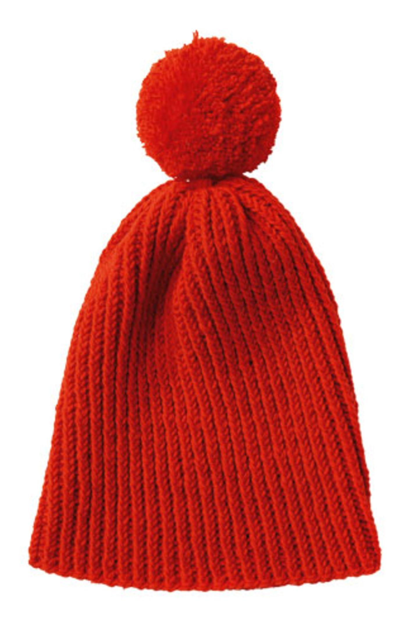 Rote Mütze mit Bommel