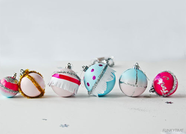dekorierte Weihnachtskugeln