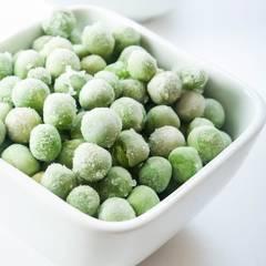 Grüne Erbsencremesuppe mit Klößchen