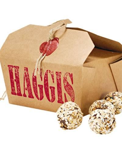 """""""Haggis"""" - die schottische Nationalspeise gibt es jetzt auch für Vierbeiner in einer Geschenkbox, ca. 17 Euro, www.hamburgerkugeln.de"""
