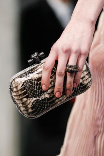 Trend 4: Kleine Schmucktaschen