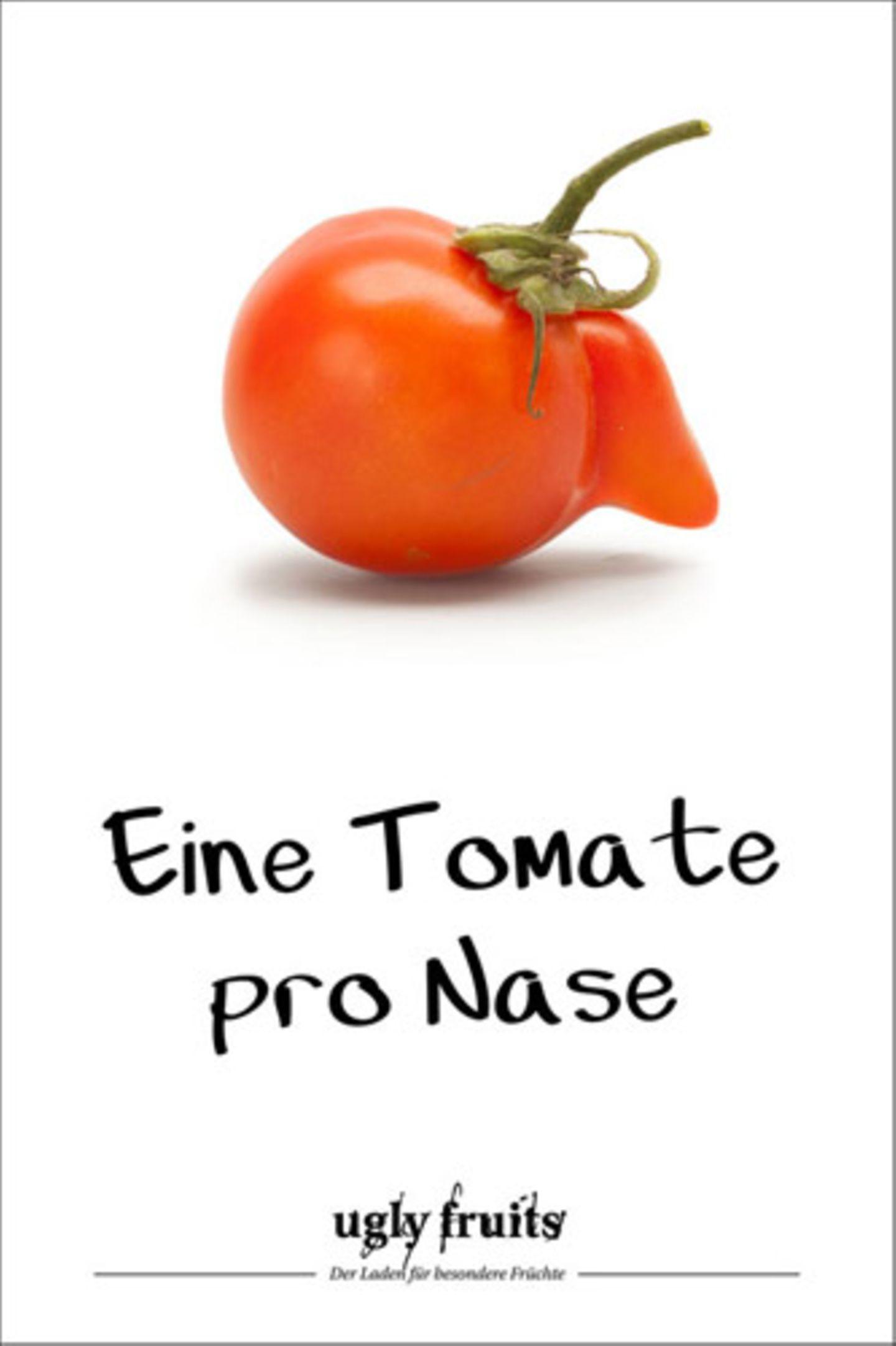 """Solche Tomaten könnte es auch bald im Supermarkt geben. Unter dem Motto """"Keiner ist perfekt"""" verkaufen Edeka und Netto jetzt Gemüse mit Schönheitsfehlern. Eine ähnliche Idee verfolgt Rewe mit seinen """"Wunderlingen"""", die es derzeit testweise in österreichischen Supermärkten zu kaufen gibt."""