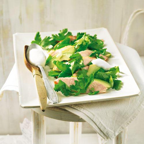 Lauwarmer Kasseler-Avocado-Salat
