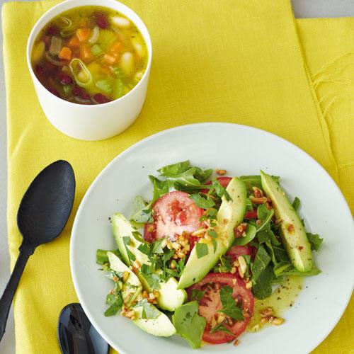 Bohnen-Chili & Avocado-Tomaten-Salat auf Rauke