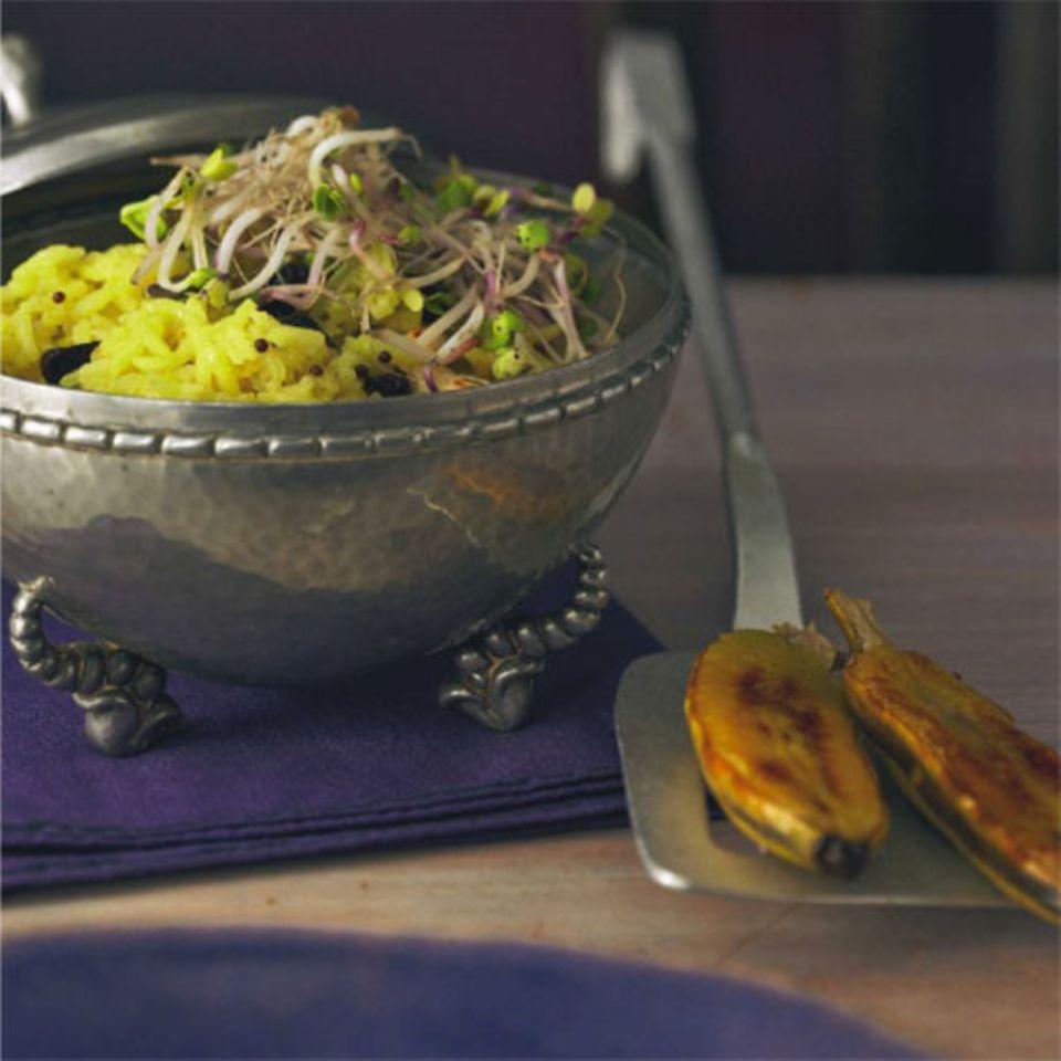 Basmatireis kommt aus Indien und liebt es würzig, kräftig und knallgelb. Zum Rezept: Gewürzreis mit Bananen