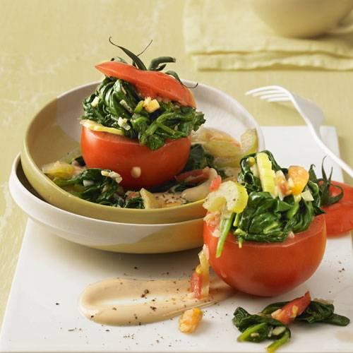 Spinat-Tomaten mit Nusssoße