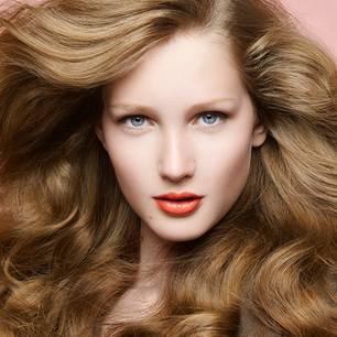 Tipps Tricks 18 Frisuren Tipps Die Eure Haare Schonen Brigittede
