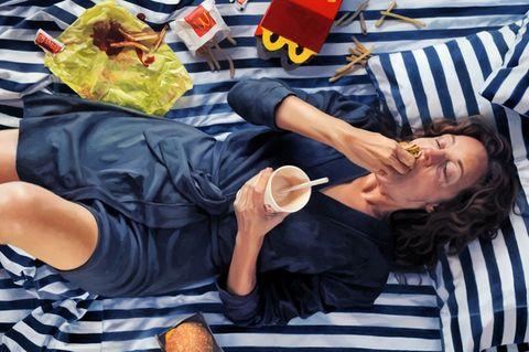 Frauen beim Essen - verstörend, schamhaft, lustvoll