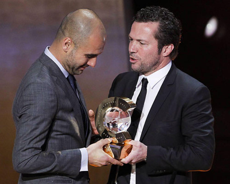 Als Spieler waren sie beide höchst erfolgreich, als Trainer hat Guardiola seinen Kollegen überflügelt: Bei der Fifa World Player Gala in Zürich Anfang 2012 wurde er als bester Trainer des Jahres 2011 ausgezeichnet. Lothar Matthäus durfte gratulieren.
