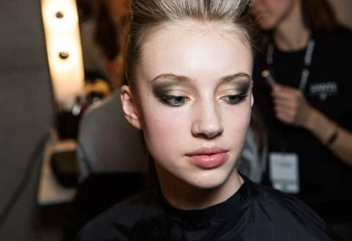 Fashion Week Berlin: Wenn die Augen so ausdrucksstark geschminkt sind...
