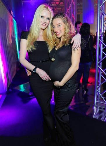 BRIGITTE Fashion Event: Auf der After-Show-Party feierten Mirja du Mont und die Choreografin und Tänzerin Gabriela Gottschalk.