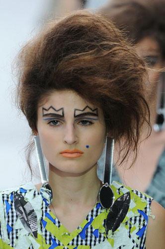 Lust auf eine andere Frisur? Inspirationen bei Louise Gray