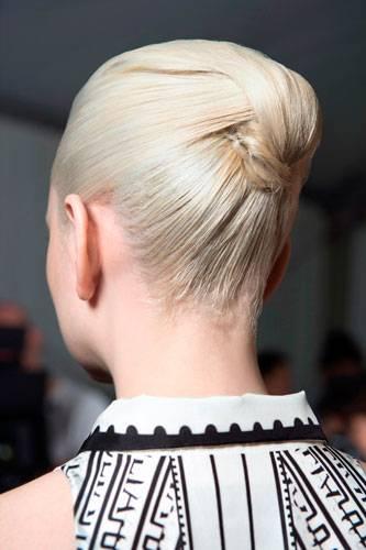 Lust auf eine andere Frisur? Inspirationen von Mary Katrantzou
