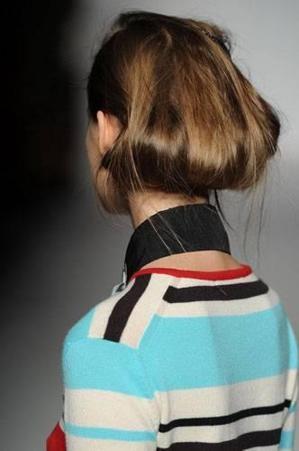 Lust auf eine andere Frisur? Inspirationen bei Clements Ribeiro